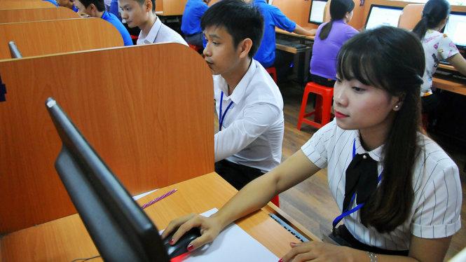 139 cán bộ công chức trẻ thi ứng dụng CNTT