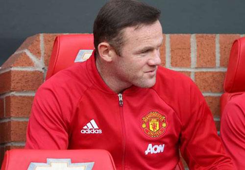 """MU: Rooney tiết lộ lý do bị Mourinho cho """"ra rìa"""""""
