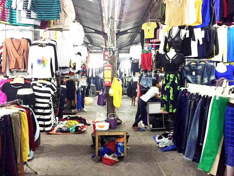 Bài 1: Vì sao tiểu thương chợ Trung tâm Uông Bí chưa đồng thuận?