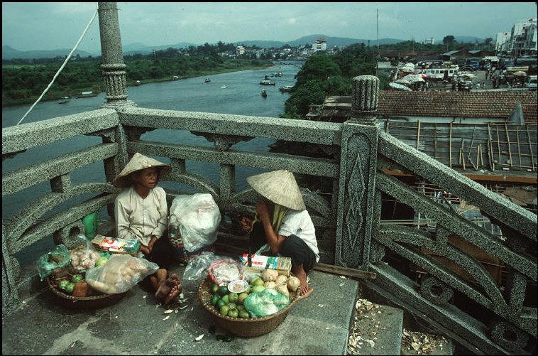 nhung-hinh-anh-tuyet-voi-ve-quang-ninh-nam-1994-1995-14.jpg