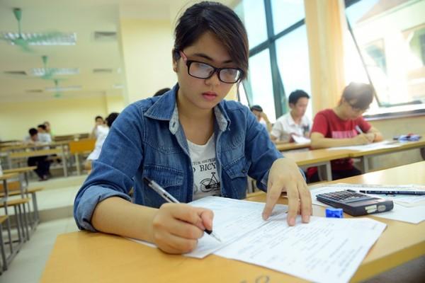 Những ngành học điểm chuẩn thấp – cơ hội nhận lương cao