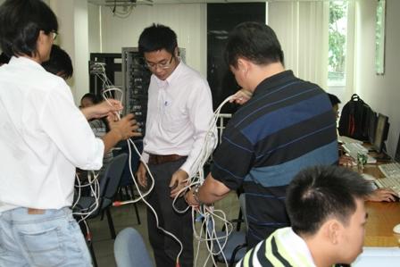 Sinh viên ngành Mạng máy tính - Cánh cửa thực tập quá hẹp