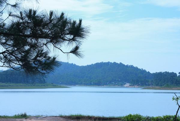 """Khám phá hồ Yên Trung một Đà Lạt """"thứ 2"""" tại Quảng Ninh"""